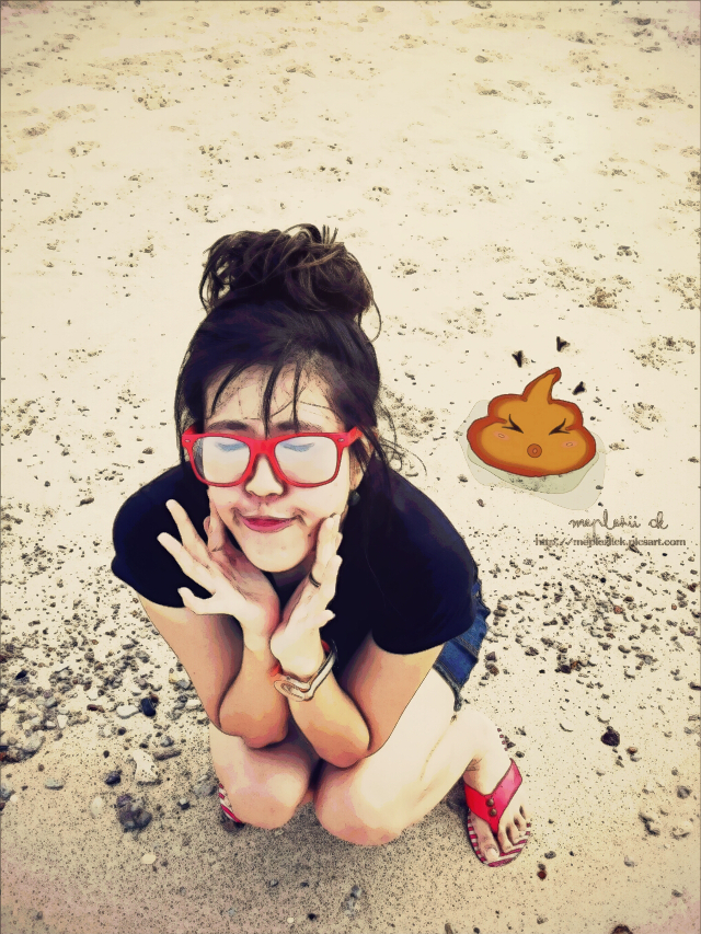 """Sorry i leave u alone...my lovely sh*t...lol""   My crazy edit   Funny describe from my Fijay @stronger79   #aprilfools #meplezii_ck #funny #beach #summer"