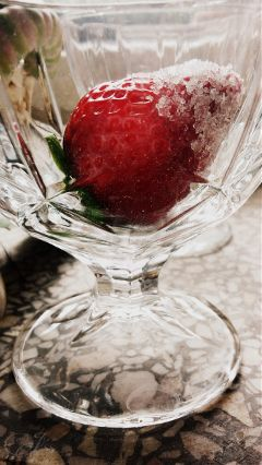 glass strawberry food photography