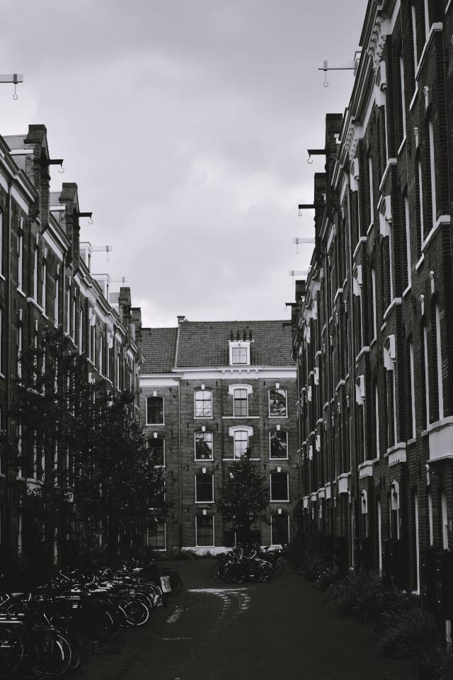 Streets #blackandwhite #photography #amsterdam #dutch #streets #urban #retro #urbanstreets #streets #freetoedit #travel