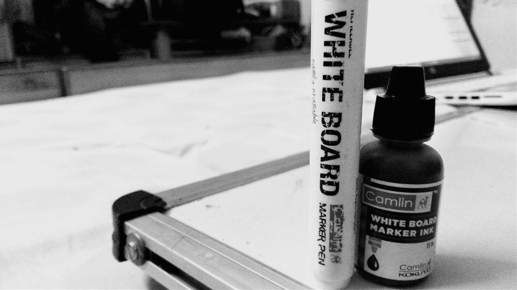 #blacknwhite #whiteboard