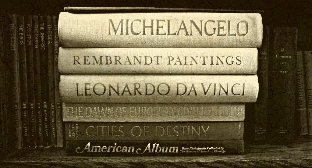 #Paper #books #renaissance #black&whight #photography #eyecapture