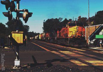 train photography california hdr curvestool